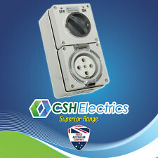 IP66 5 Pin 32 Amp 3 Phase Switched Socket Outlet Weatherproof