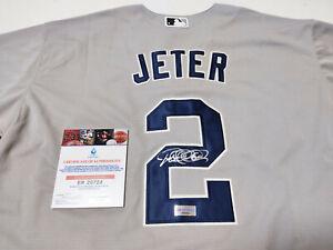 NewYork Yankees Autographed No.2 Old Grey Jersey + COA