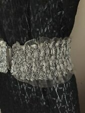 "Ladies black lace stretch waist belt size small (size 8-10 / 25"")"