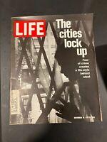 LIFE MAGAZINE NOVEMBER 19, 1971 THE CITIES LOCK UP