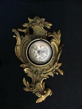 Porte montre-boussole cartel en bronze ancien
