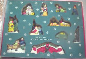 SNOWFLAKE VILLAGE People/Bridge/Sleigh/Carolers RETRO Christmas Scene - NIB