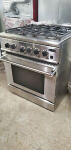 DCS 30in Wide Gas/Electric Range