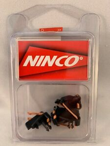 80105 NINCO F1 AND GO KART GUIDE WITH BRAID 4 PACK  1:32 SCALE