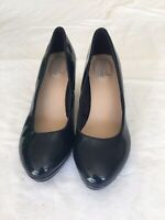 Good For The Sole Ladies Navy Patent Leather Wide Fit Court Shos Size 6 (T49).