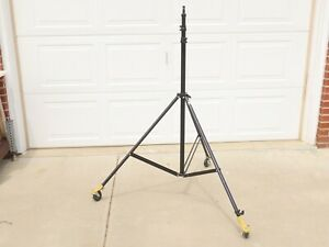 LOWEL 10ft. Light Stand on casters