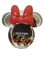 Disney Parks MINNIE MOUSE BOW Confetti Snow globe Photo Frame New