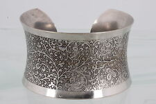 Costume Extra Wide Concaved Embossed Design Cuff Bracelet Fashion 6905