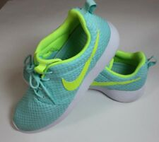 Women's Nike Light Aqua with Neon Green Accents Sneakers Size 10