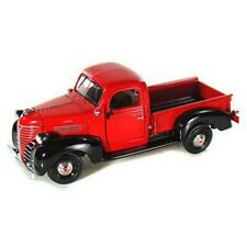 73278 (1941 plymouth pickup1:24 Motormax color RED (not window box )