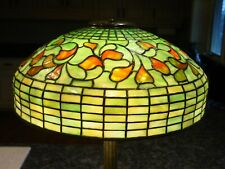 Tiffany Studios table lamp-Swirling Leaf w bronze base-----15534