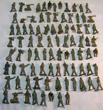 "Lot of 90 Old Military 2"" Plastic Green Toy Figures Army Men Vtg    T*"