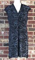 BANANA REPUBLIC *SMALL* BLACK & GRAY ANIMAL PRINT SLEEVELESS DRESS WITH V-NECK