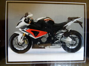 Schuco 1:10 scale 2009 BMW S 1000RR  Motorcycle Boxed. Minichamps