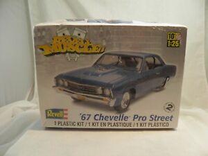 Revell Muscle '67 Chevelle Pro Street Plastic Model Kit New Sealed Toys 2012