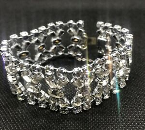A vintage art deco bracelet set with clear stones 1920's 1930's VGC