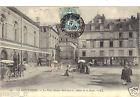 63 - cpa - LE MONT DORE - La place Michel Bertrand et l'Hôtel de Ville