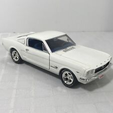 Johnny Lightning White 1965 Ford Mustang 1:24 Scale