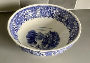 """Villeroy & Boch Mettlach Burgenland Blue and White Footed Fruit Bowl 10 1/4"""" Dia"""