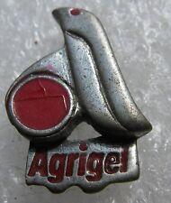 Pin's AGRIGEL Le pingouin Rouge en Etain