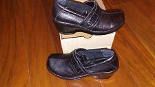 NEW $69 Womens Born B.O.C Nabia Mules Shoes, size 11