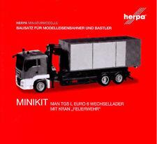 HERPA MiniKit 1:87 Feuerwehr MAN TGS L Wechssellader-LKW/Kran Bausatz rot 013406
