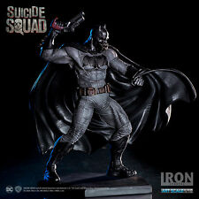 DC COMICS: SUICIDE SQUAD – BATMAN 1/10 STATUE IRON STUDIO