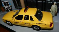 NYC New York City Taxi Cab Set Ford Crown Victoria 1:43 Scale Diecast New