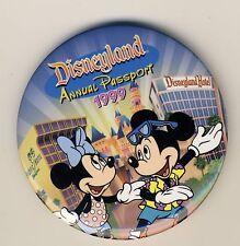 "Disneyland Annual Passport 1999 Pinback 3"" Button Mickey Minnie, Hotel, Paradise"