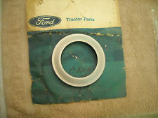 NOS Ford new Holland C3NN-7C-075A  oil collector ring, 3000, 4000, 5000 S-O-S tr