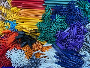 Job lot of Assorted selection of K'nex - 550 pieces  .