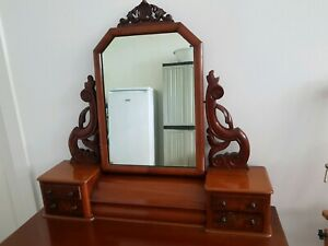Antique mahogany dressing table. Dulwich Hill pickup.