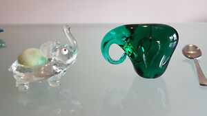 2 ART GLASS ELEPHANTS, 1PAPER WEIGHT & 1 PIN CUSSION. BOTHIN NICE CONDITION !