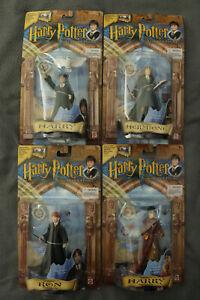 Lot of 4 Vintage 2001 Mattel Harry Potter Figures (Hermoine, Ron, Quidditch)