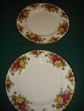 "2 BEAUTIFUL ROYAL ALBERT OLD COUNTRY ROSES OCR 8"" DESSERT/SALAD PLATE- GOLD TRIM"