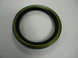 PTO Seal RE13181 for J D 4030 4230 4430 2630 2440 2640 4040 4240 4440 3020 4020