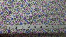 Makower patchwork tissu Bloom Floral parchemin bleu-par 1//4 mètre