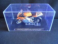 Die Cast Model Moto 1:24 DUCATI 996R Neil Hodgson 2001 [N3-58 ]