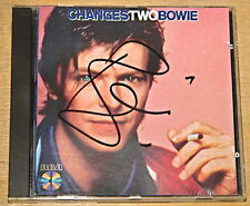 DAVID BOWIE CHANGESTWOBOWIE AUTHENTIC HAND SIGNED 1ST PRESS UK RCA MAINMAN CD