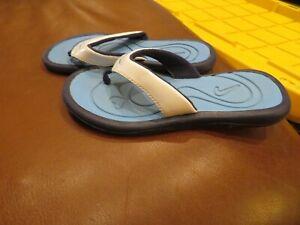 Nice Toddler Girls Blue & White Nike Flip Flops, 12