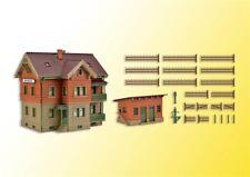 Vollmer 43529 échelle H0, Maison du garde-barrière Esslingen avec poulailler #