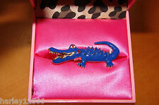 BETSEY JOHNSON RING 2 FINGER ALLIGATOR STRETCH BLUE NIB IVY LEAGUE COLLECTION!!