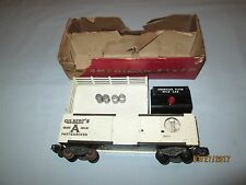 American Flyer #25019 Operating Milk Car w/OB Working. Stand, 4 Milk Cans Button