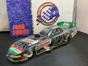 Action NHRA John Force Castrol GTx 2002 Ford Mustang Funny Car 1/24 Diecast