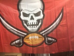 TAMPA BAY BUCCANEERS 3' x 5' Red Banner Flag Official 2020 Season NFL >NEW<