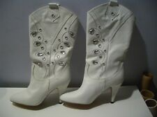 VINTAGE SACHA LONDON  WHITE LEATHER BEADED SLIP ON LADIES BOOTS SZ 8.5 M  SPAIN