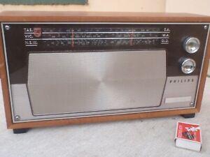 Phillips  Philadelphia   Mantle  Radio    not  Working