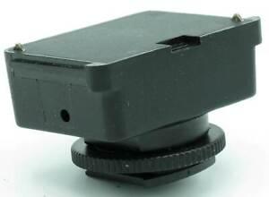 Metz Blitzadapter SCA 301 - Standardfuß mit Mittenkontakt (XV)