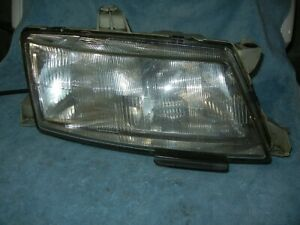 SAAB 9-5 Right  Headlight Assembly 1998 - 2001