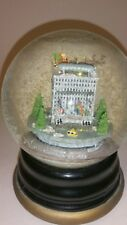 BLOOMINGDALES New York 59th Street Lexington Subway Musical Rotating Water Globe